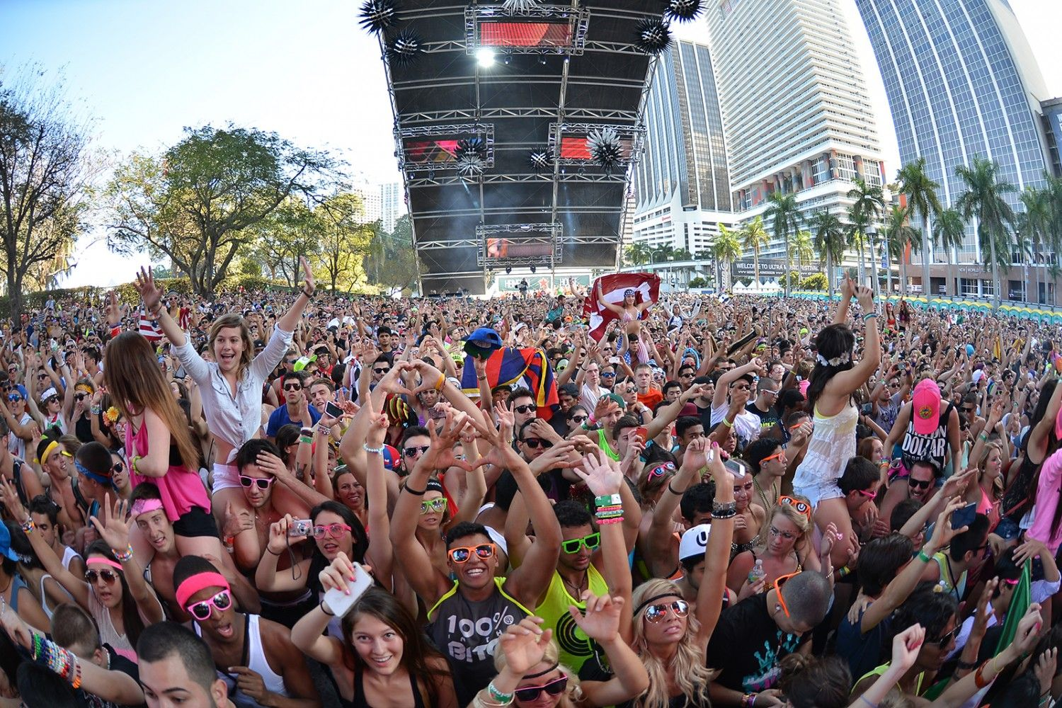 Ultra-music-festival-week-1-miami-fl-2013-1500x1000-compressor