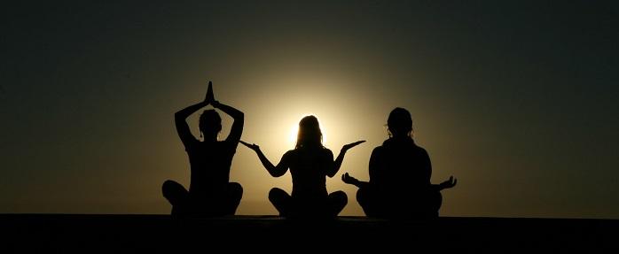 Sukhasana – For A Happy Tummy, Healthier You!!