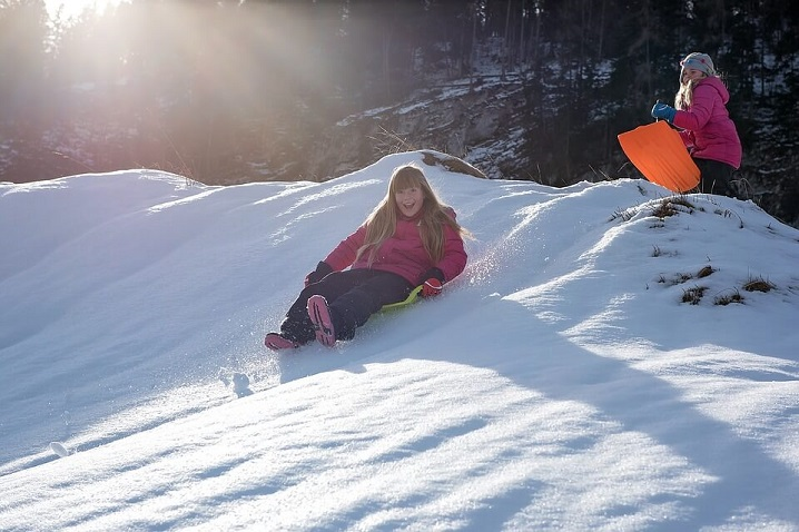 7 Snow Parks in India To Revive The Kid in You