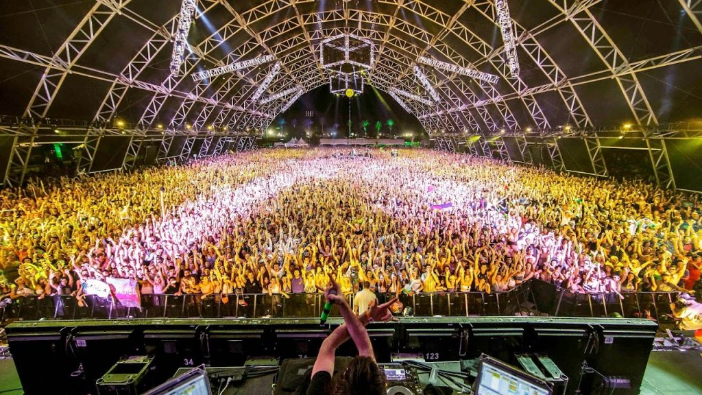 Coachella Lineup for Weekend 2. April 20, 21 and 22. Eminem, Beyonce, Weeknd, Alan Walker