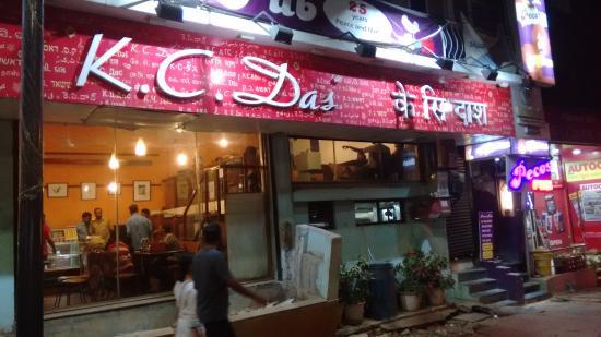 Bangalore local food restaurant KC Das under 500 rupees