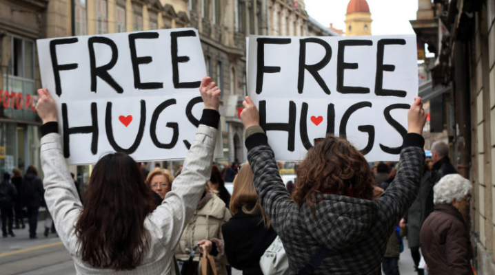 Free Hugs | Hugs Day