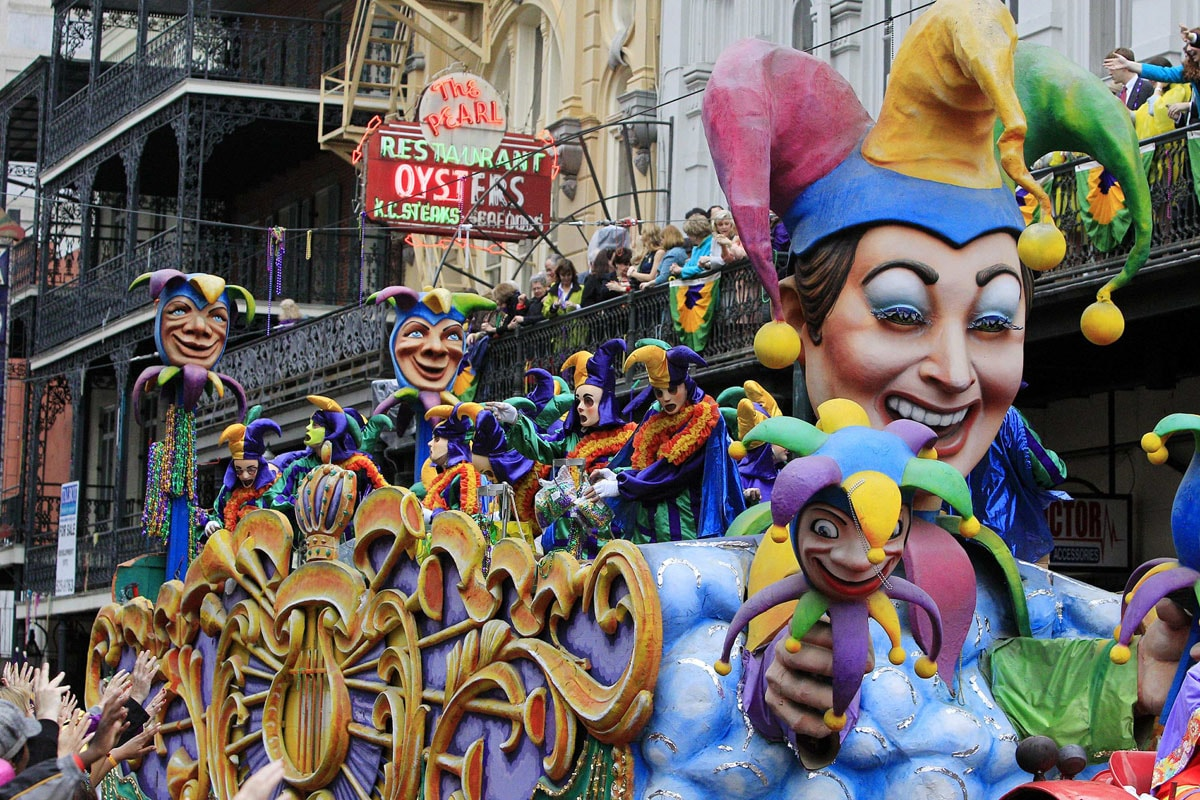 7 Crazy Things To Do For Mardi Gras At New Orleans
