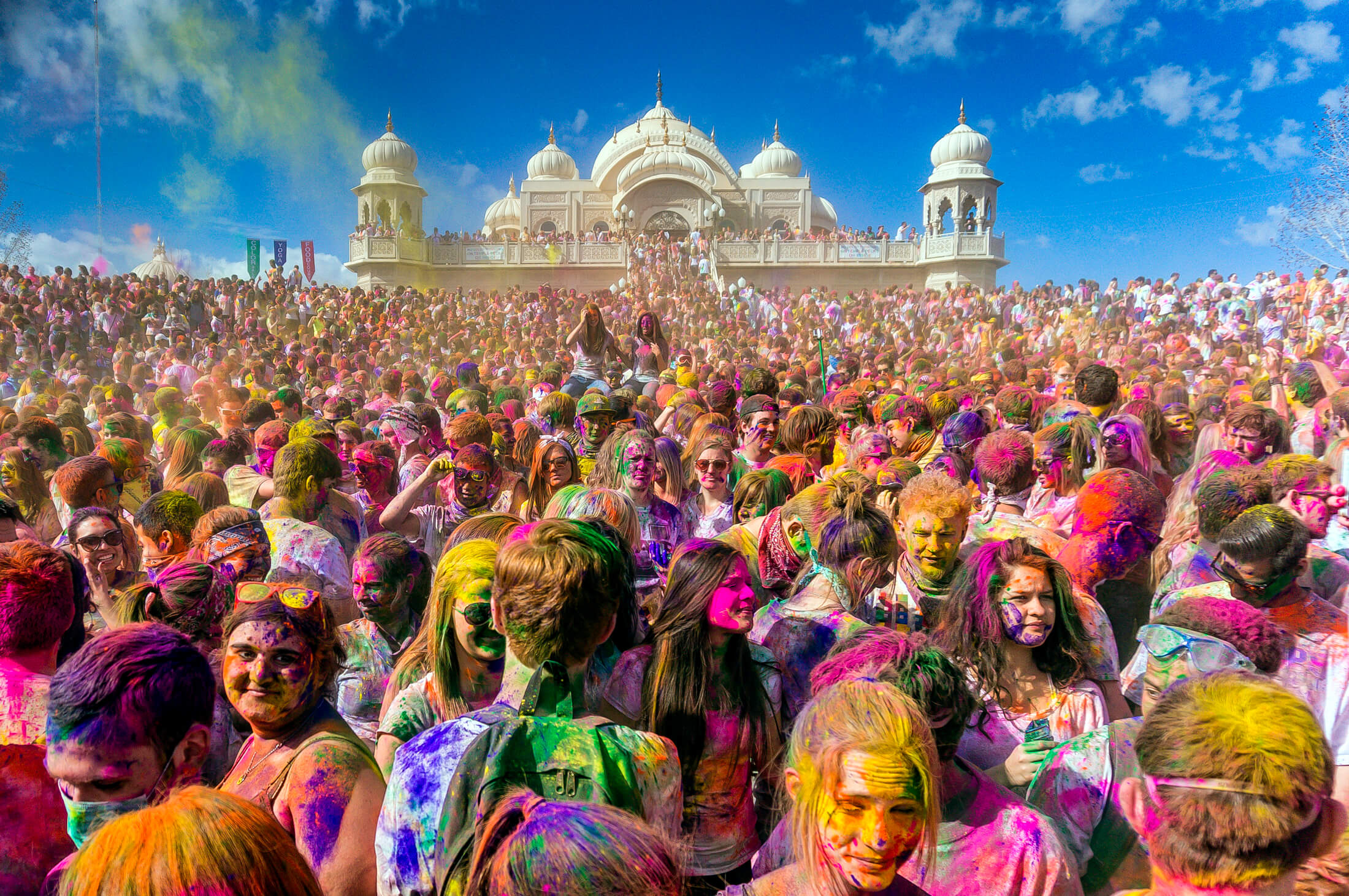 Top 7 Places To Celebrate Holi In India