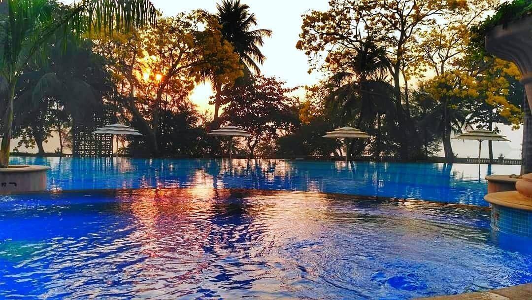 pool parties in mumbai 5 star hotel