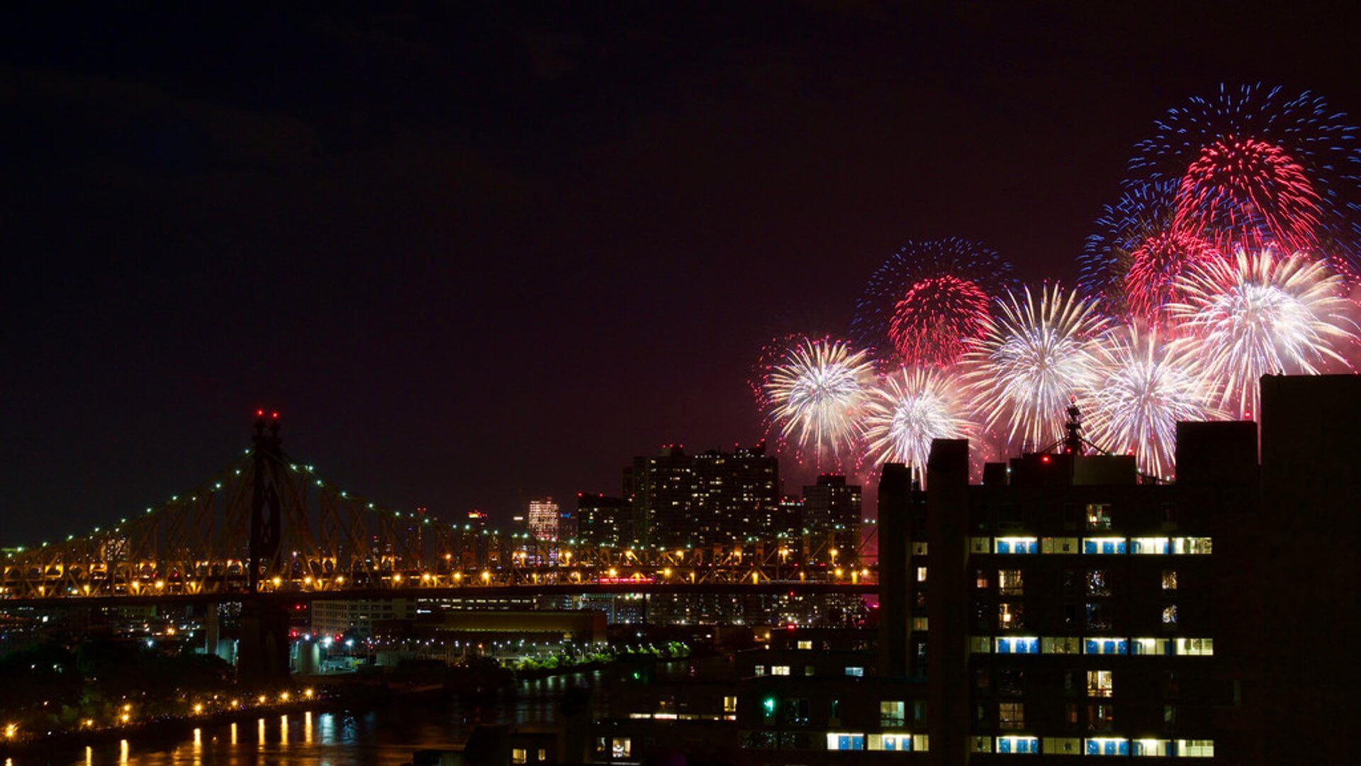 nyc fireworks on 4th july